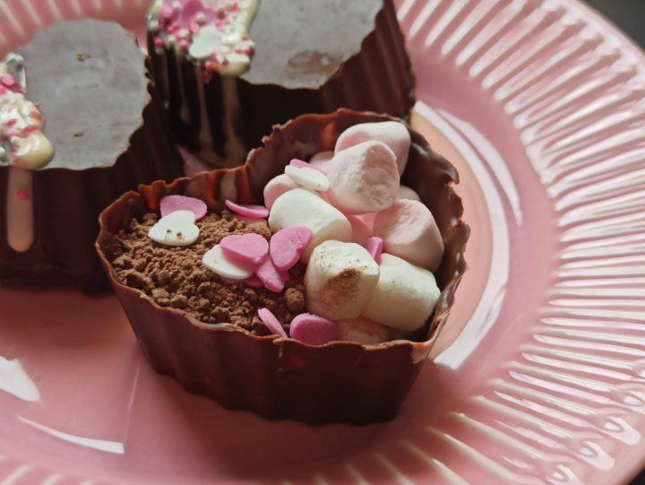 heart hot chocolate bomb